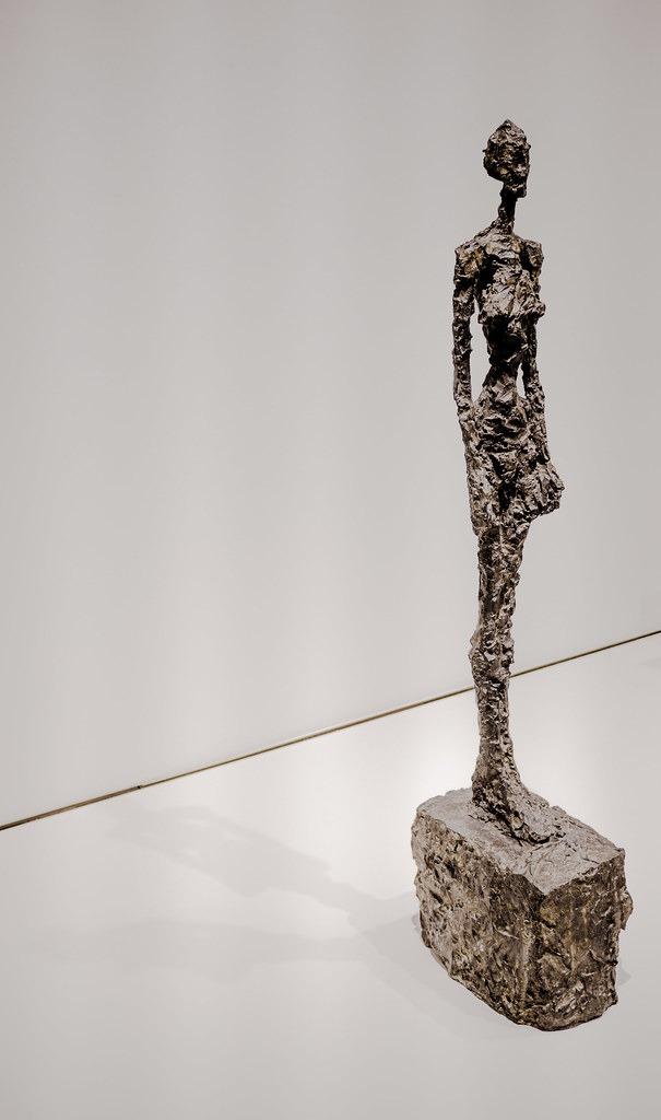 sculpture en bronze de Giacometti