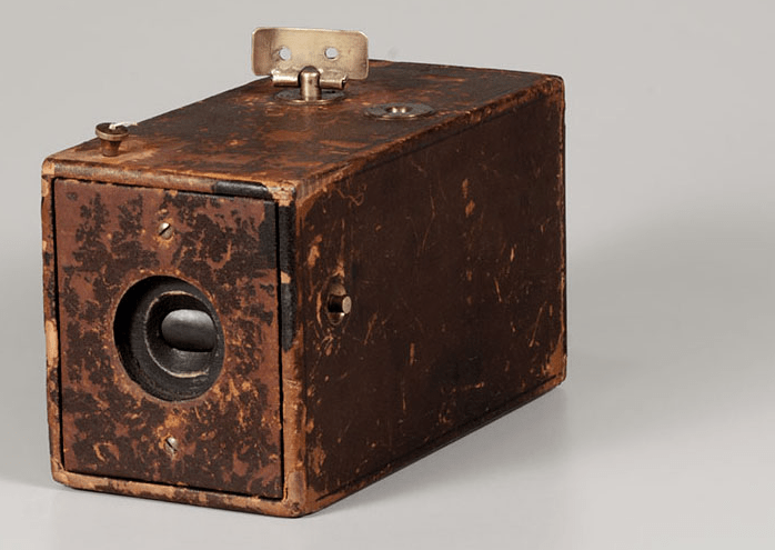 Premier appareil photo Kodak, 1888