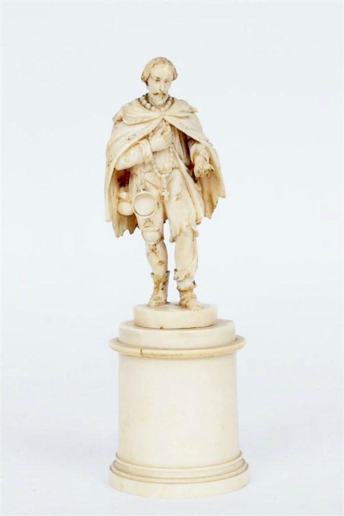 Statuette ivoire