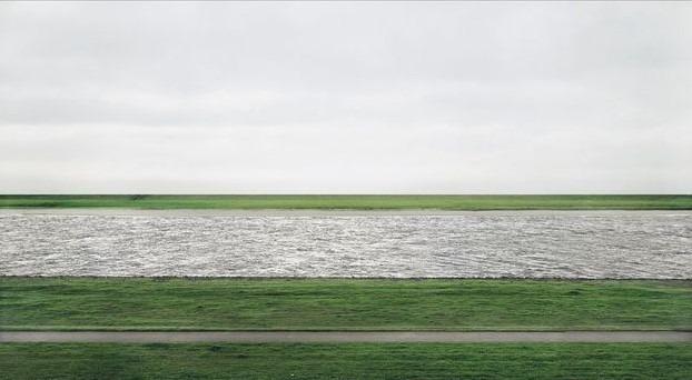 The Rein II,  Andréa Gursky, photographie la plus chère du monde adjugée à plus de 3 millions d'euros