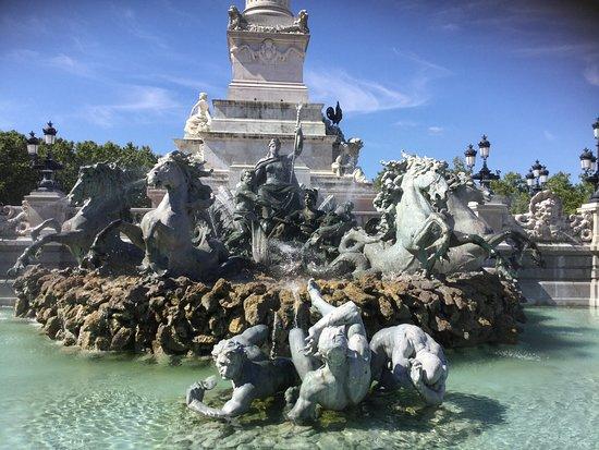 La Fontaine des Girondins, Bordeaux