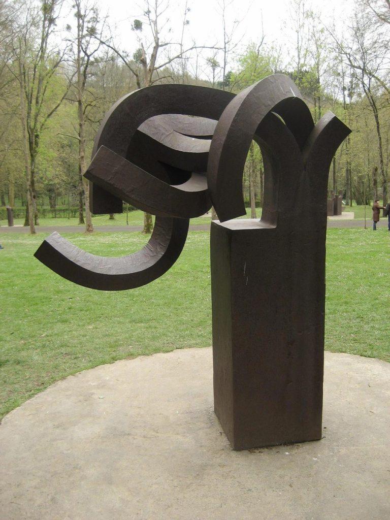 Sculpture d'Eduardo Chillida