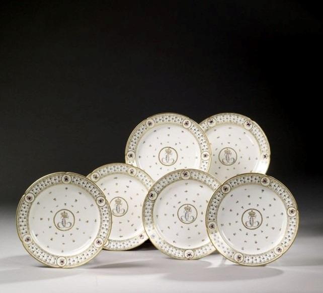 assiettes porcelaine de Paris