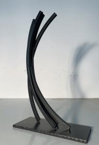 sculpture Bernar Venet