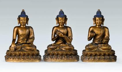"""Oeuvre """"Les sculptures de Bouddha Akshobya"""", XVème siècle"""