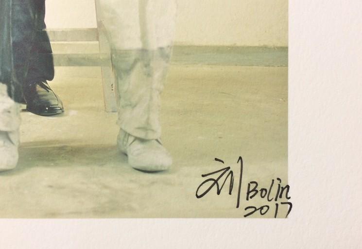 Signature Liu Bolin